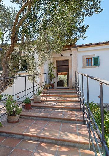 Graphenstone renovation of the Ca Na Barons Villa at Mallorca island, Spain.